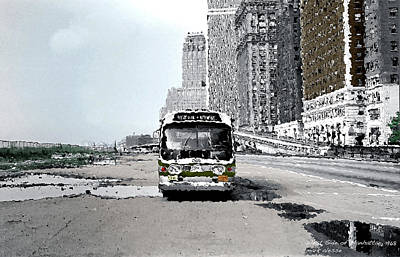 Photograph - Bus by Mark Alesse