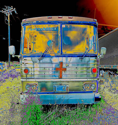 Bus To Chattanooga Art Print by Julie Niemela