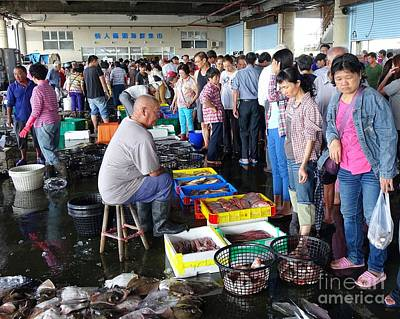 Photograph - Busy Fish Market In Sinda Port, Taiwan by Yali Shi