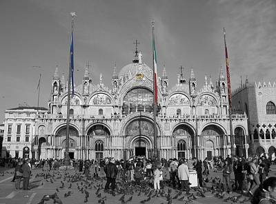 Photograph - Busy St Marks by Dylan Punke