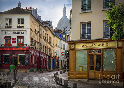 Streetlight Photograph - Butte De Montmartre by Inge Johnsson