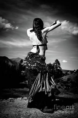 Photograph - Bw Belly Dance On Point by Scott Sawyer