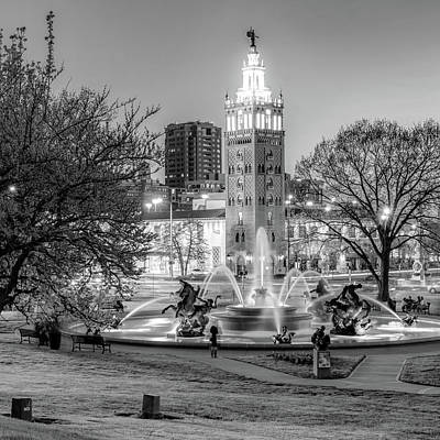 Photograph - Bw Kansas City Plaza And J.c. Nichols Memorial Fountain - Kansas City by Gregory Ballos