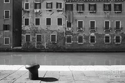 Photograph - Bw Venice I by Yuri Santin