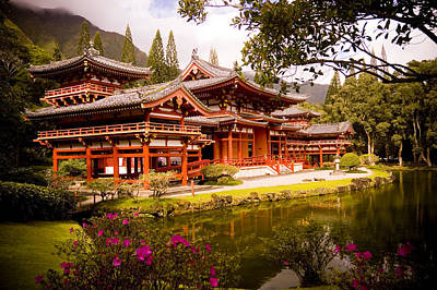 Photograph - Byodo-in Temple by Mickey Clausen