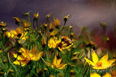 Digital Art - Bzzzzz by Lois Bryan