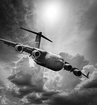 Photograph - C-17 Globemaster by Philip Rispin