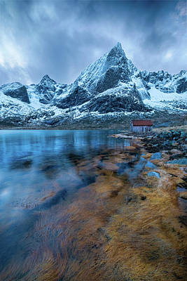 Photograph - Cabin And Mountains In Norway by Roberta Kayne