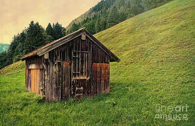 Photograph - Cabin by Jutta Maria Pusl