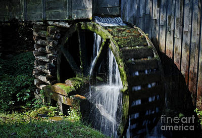 Photograph - Cable Mill Water Wheel by Douglas Stucky