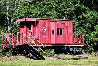 Photograph - Caboose by Linda Brown
