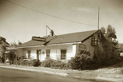 Photograph - Cademartori's  Restaurant In Casa Serrano, 412 Pacific St. Monterey 1941 by California Views Mr Pat Hathaway Archives