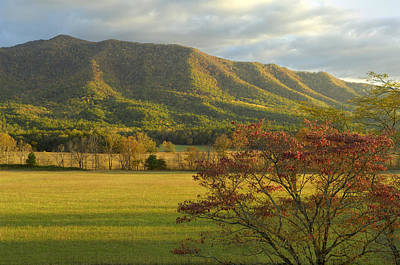 Cades Cove Autumn Sunset In Great Smoky Mountains Art Print by Darrell Young