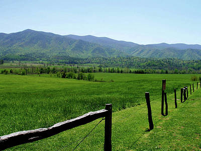 Gatlinburg Tennessee Photograph - Cades Cove View by Nancy Mueller