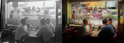 Photograph - Cafe - Cold Drinks With Friends 1941 - Side By Side by Mike Savad
