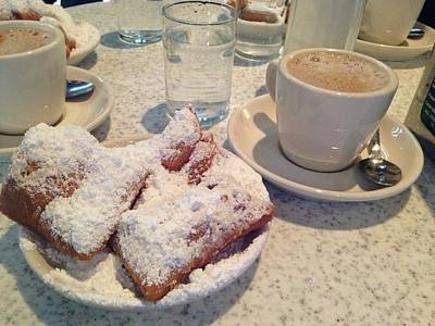Beignets Painting - Cafe Du Monde by Janice Phelps Williams
