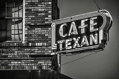 Photograph - Cafe Texan by James Woody