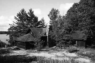 Photograph - Calhoun Lodge Black And White by Debbie Oppermann
