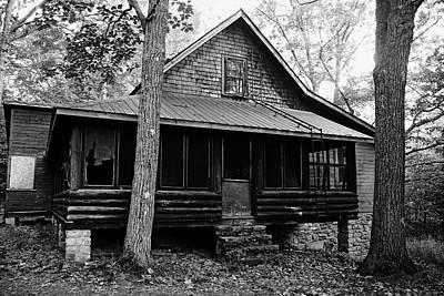 Photograph - Calhoun Lodge Black And White I by Debbie Oppermann