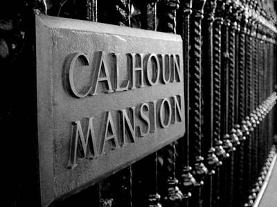 Photograph - Calhoun Mansion by Michael Colgate
