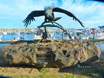 Photograph - California Condor 1 - Sculpture At Pt Of Ilwaco Wa by Sadie Reneau