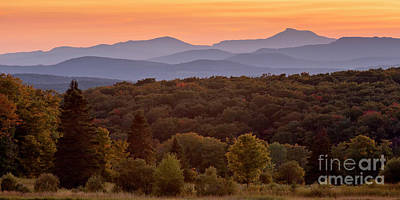 Photograph - Camel's Hump Sunset View by Alan L Graham