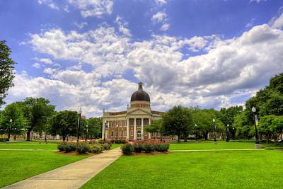 Photograph - Campus Life At Southern Miss by JC Findley