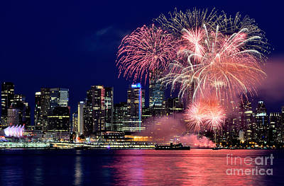 Photograph - Canada Day 2015 Vancouver Fireworks 6 by Terry Elniski