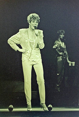 Photograph - Canadian Vocalist Anne Murray by Mike Martin