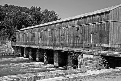 Photograph - Canal Headgates by Kay Lovingood