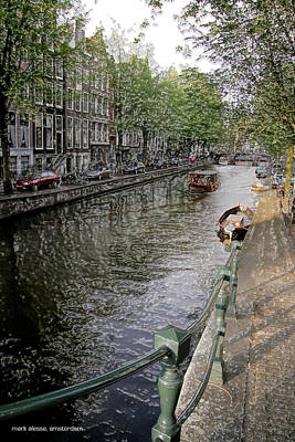 Photograph - Canal Walk by Mark Alesse