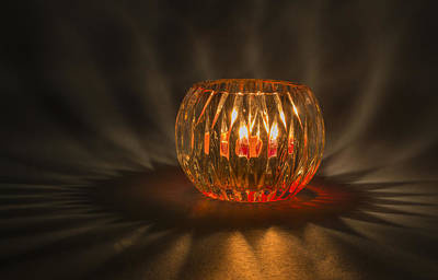 Photograph - Candle Glow by Laura Pratt