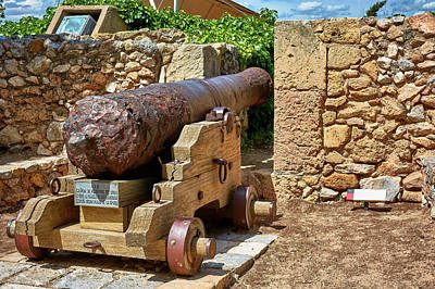 Photograph - Cannon At The Roman Walls Of Tarragona by Eduardo Jose Accorinti