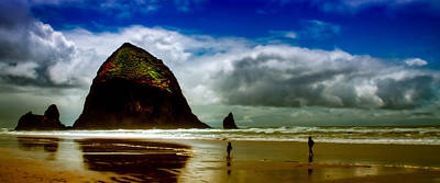 Oregon Photograph - Cannon Beach At Dusk IIi by David Patterson