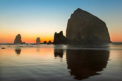 Photograph - Cannon Beach Haystack Rock by Rick Dunnuck