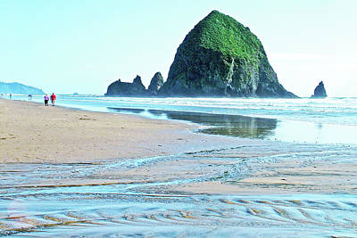 Photograph - Cannon Beach Rocks In Ecola State Park, Oregon by Ruth Hager