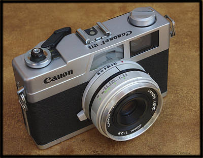Photograph - Canon Canonet 28 by James C Thomas