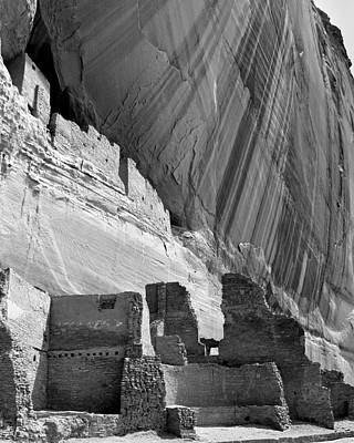 Photograph - Canyon De Chelly 26 by Jeff Brunton