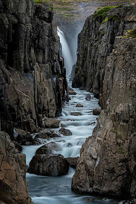 Photograph - Canyon Waterfall by Tom Singleton