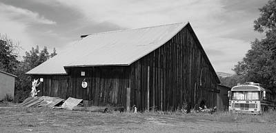 Photograph - Capay Barn by Richard J Cassato