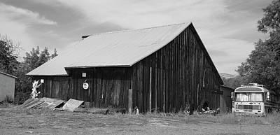 Photograph - Capay Barn by Richard J Cassato