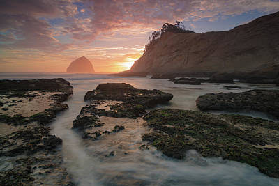 Photograph - Cape Kiwanda At Sunset by Brian Bonham