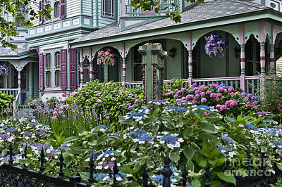 Cape May House And Garden. Art Print by John Greim