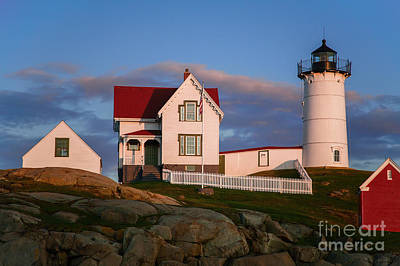 Linda King Photograph - Cape Neddick Nubble Lighthouse 2634 by Linda King