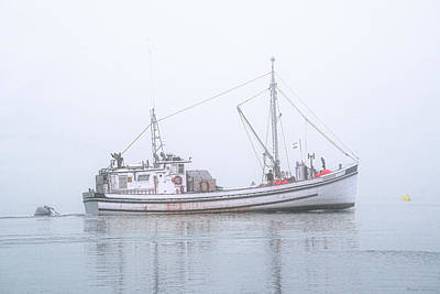 Photograph - Capelco Passing Thru Foggy Johnson Bay by Marty Saccone