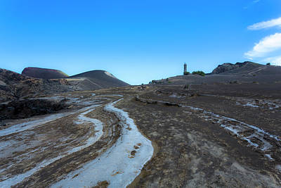 Photograph - Capelinhos Lighthouse by Edgar Laureano