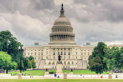 Photograph - Capitol Hill by Ray Devlin