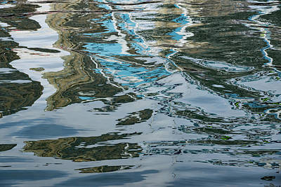 Photograph - Capricious Liquid Abstracts - Silky Lines And Zigzags by Georgia Mizuleva