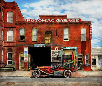 Photograph - Car - Garage - Misfit Garage 1922 by Mike Savad