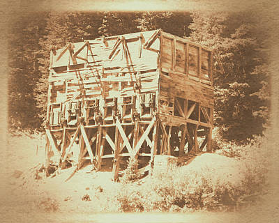 Photograph - Cardiff Mine Ore Bin by David King